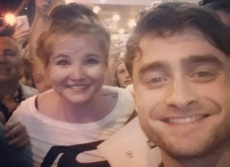 Daniel Radcliffe - celebrity photobomb